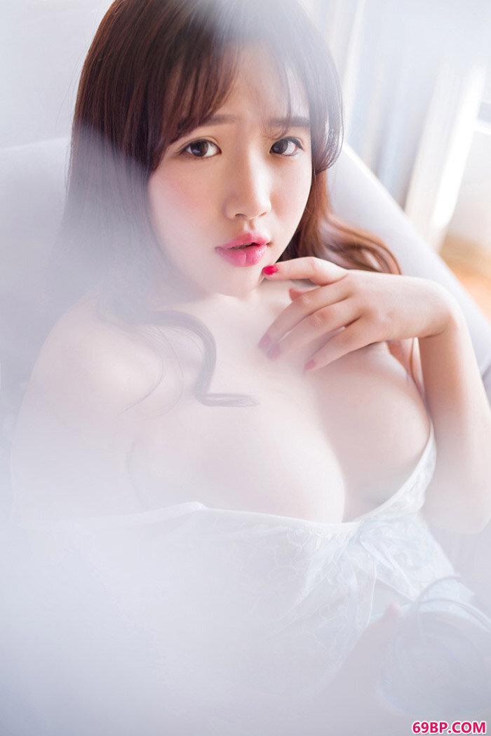 Rays豪乳三姐妹赤裸裸的性感诱惑_欧美经典blacked黑白配