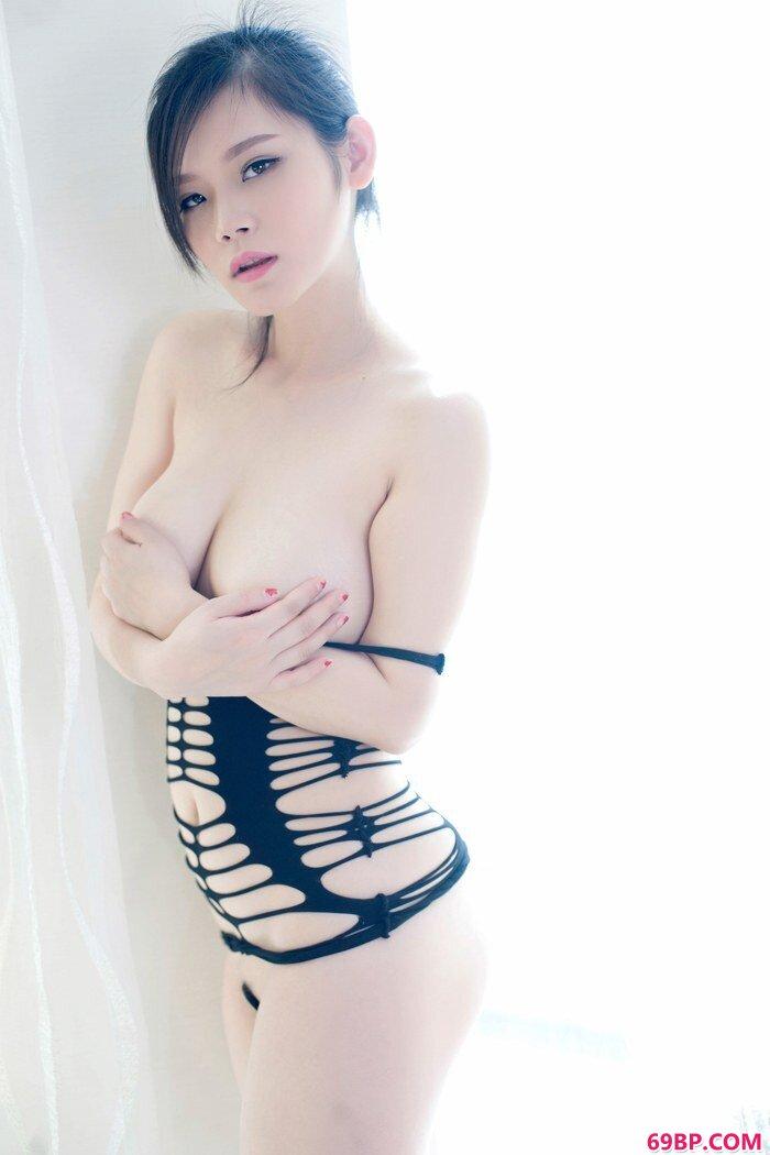 性感嫩模黎美儿情趣内衣激情四射_gogo人体莴清人av亚洲