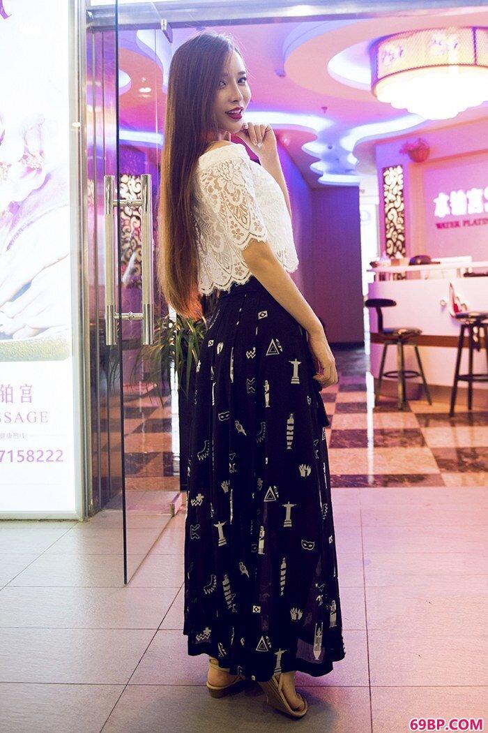 艾小青夜访按摩店竟无一女让她满足_张筱雨全棵大胆艺术图片