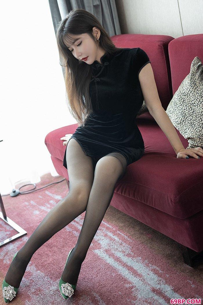 我家娇妻心妍小公主丝滑美胸体态销魂_张柏芝陈冠希西西人体
