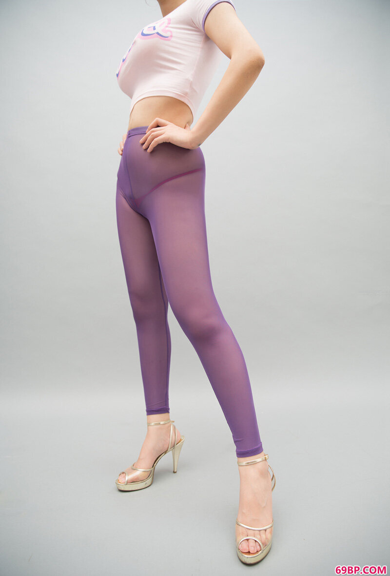 美腿裸模第637期假面女皇_西西人体浓毛女