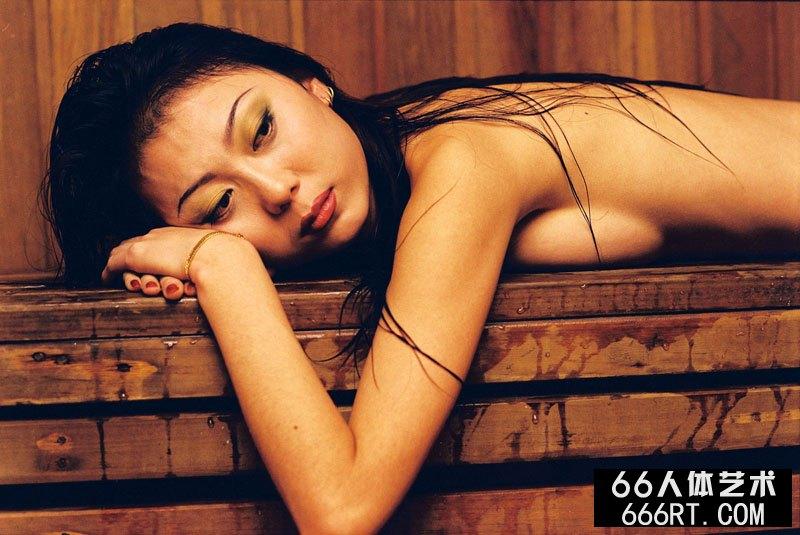 《波》赵晓薇07年5月28日人体作品_678rt