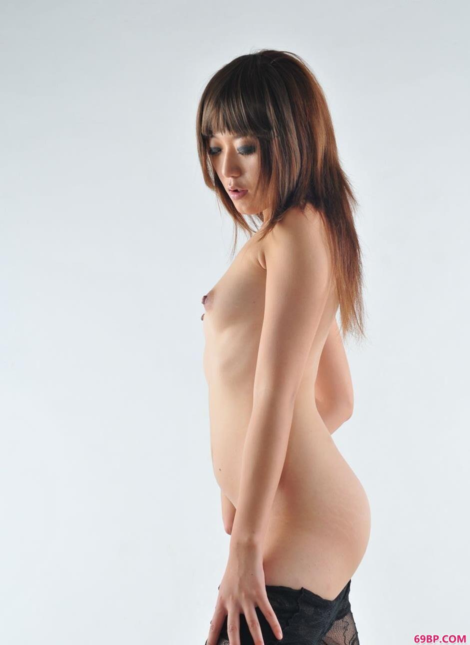 美人高行美性感黑色肉丝人体,gogo人体极品国模冰莲