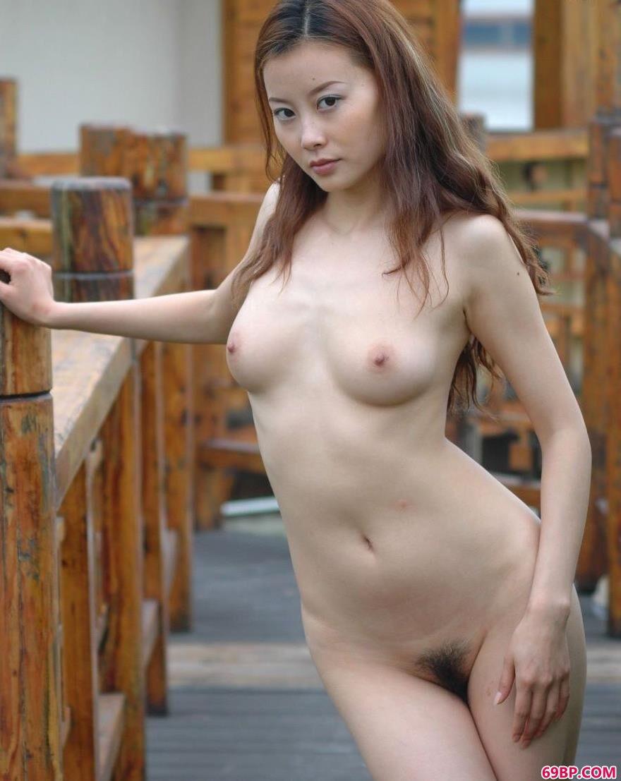 超模王丹深圳海上田园私房照片C1_女人张开腿的隐私图片