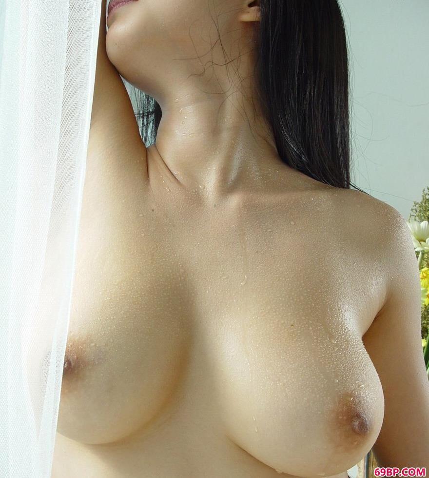 居家天使美模家丽2_汤芳裸体