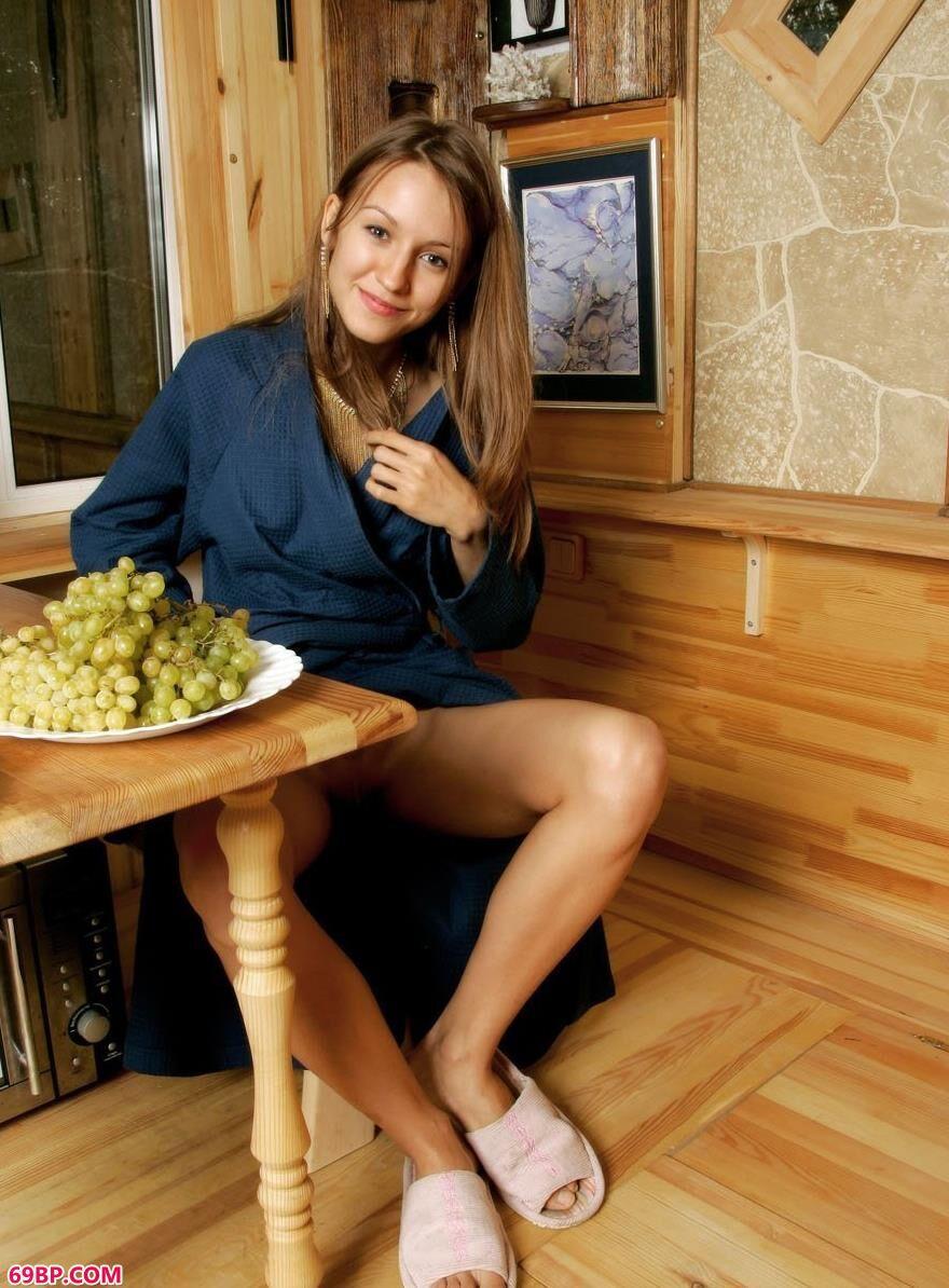 阿丽声色可餐1,尤果西西人体艺术图片