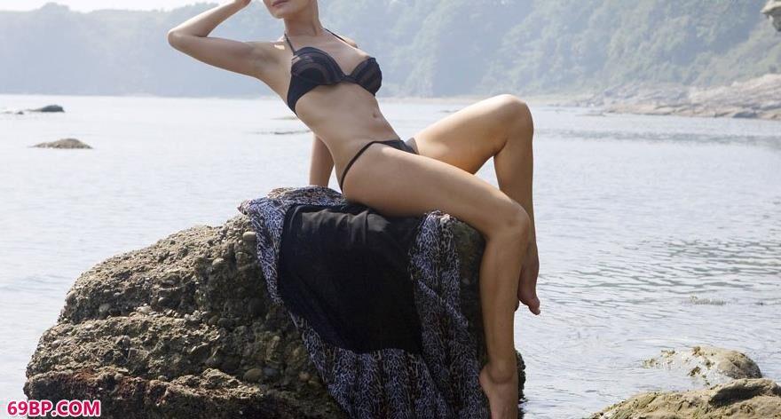 metcn裸模娜莎人体艺术2_欧美人体摄影
