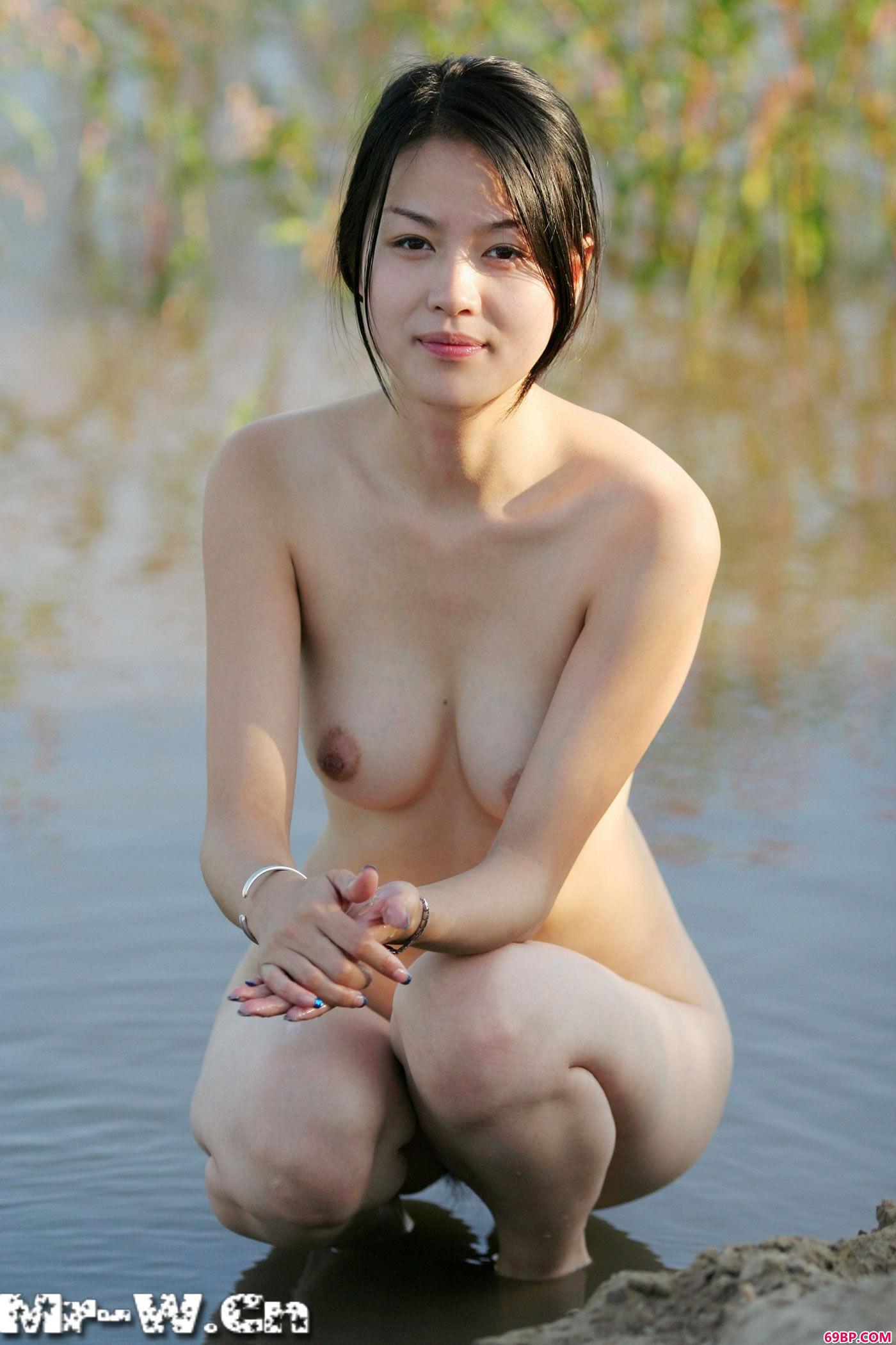 汤芳《乌苏里船歌》人体艺术摄影集