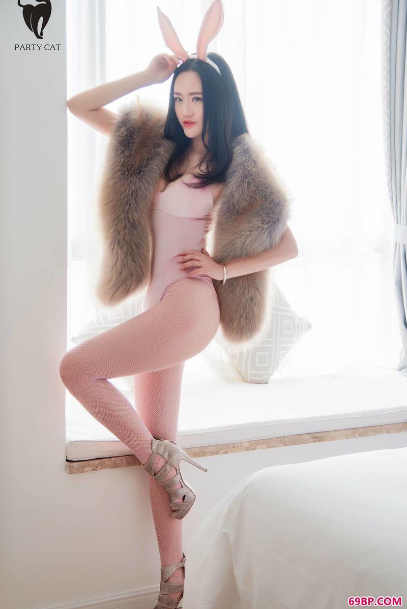 女人艺术_充满情趣的超模人体图片
